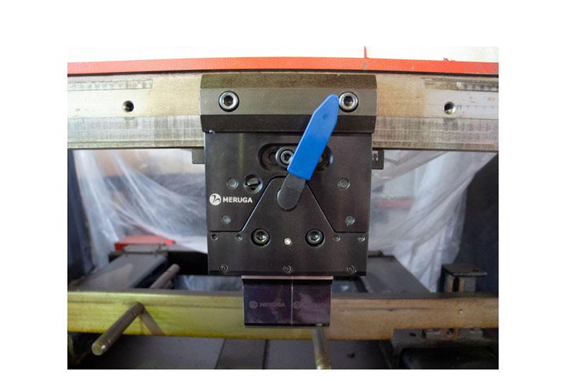 クイックモーションクランプ(中間板)